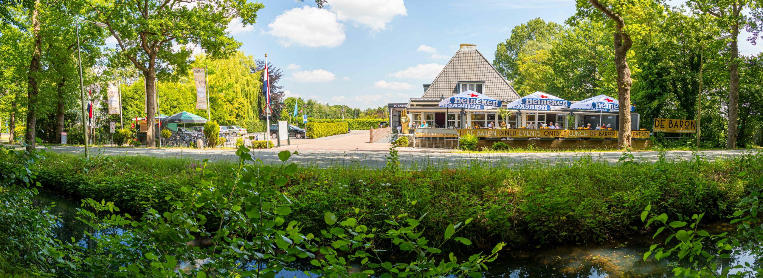 De Baron restaurant & events Wassenaar De Baron vanuit Bos