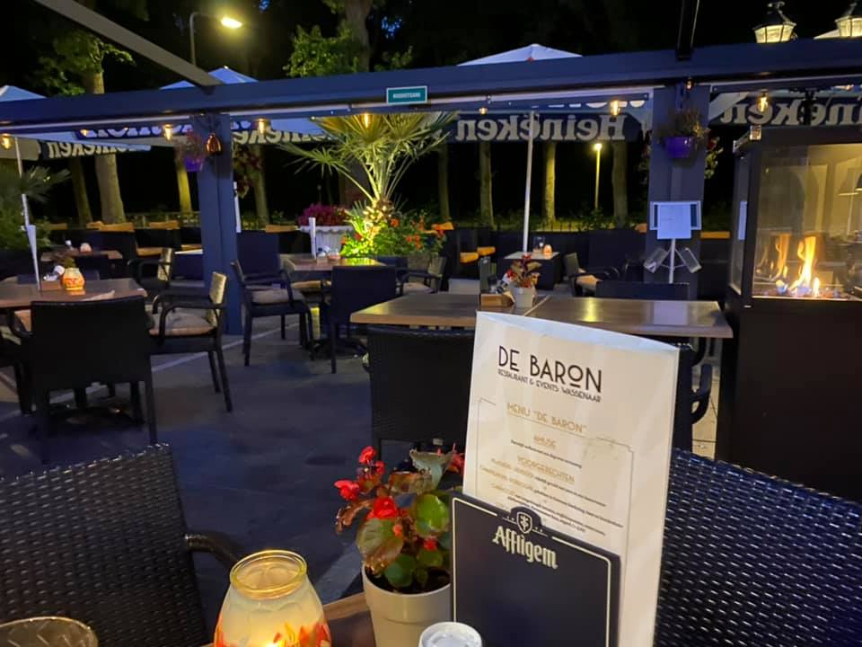 Avond Terras De Baron Familierestaurant Wassenaar